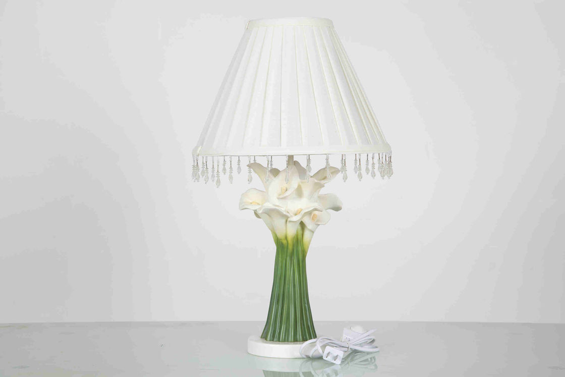 Country Cabins Classic Home Table Lamps With Hanging Crystal Flower Shape
